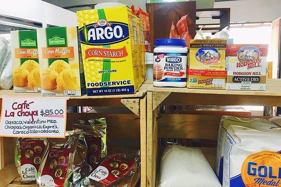 Los Barriles, Meksika: variety of flours and baking ingredients