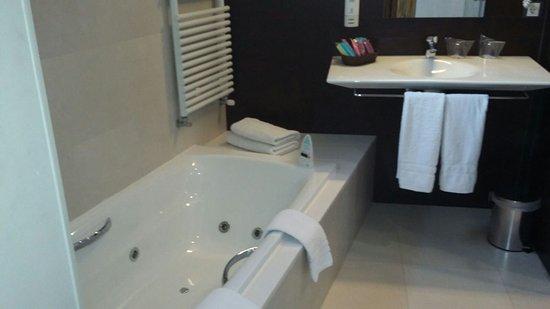 Mola Park Atiram Hotel ภาพ