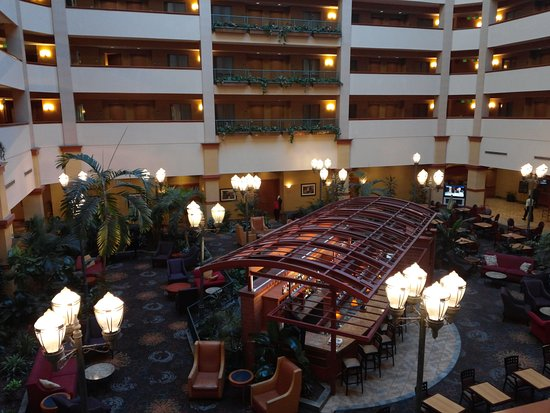 Embassy Suites by Hilton North Charleston - Airport/Hotel & Convention: 20170111_101223_large.jpg