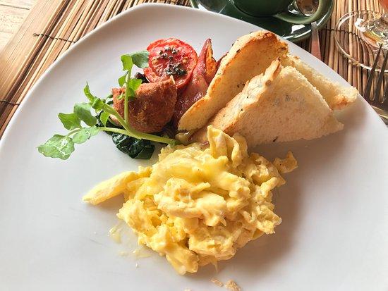 The Purist Villas and Spa: scrambled eggs