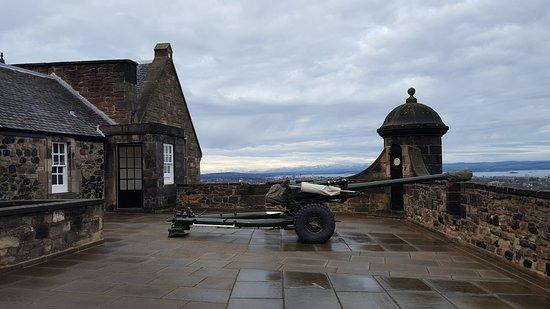 Edinburgh Castle: 20170115_111237_large.jpg