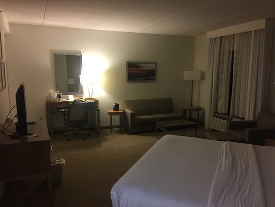 Saint Rose, LA: Holiday Inn Express Hotel & Suites New Orleans Airport South
