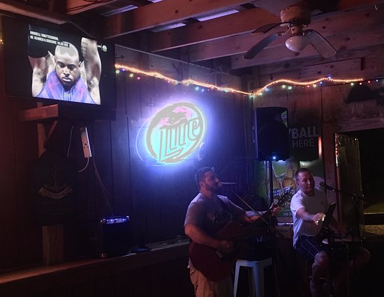 North Topsail Beach, Carolina del Norte: Great music...