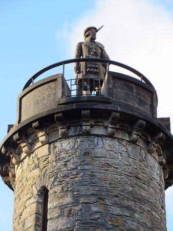 Гленфиннан, UK: Close up of the statue