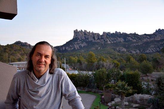 Hotel Bruc: Bella vista desde el balcón hacia las montañas del Monasterio de Montserrat