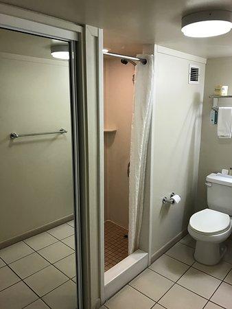 Ambassador Hotel Waikiki: photo3.jpg