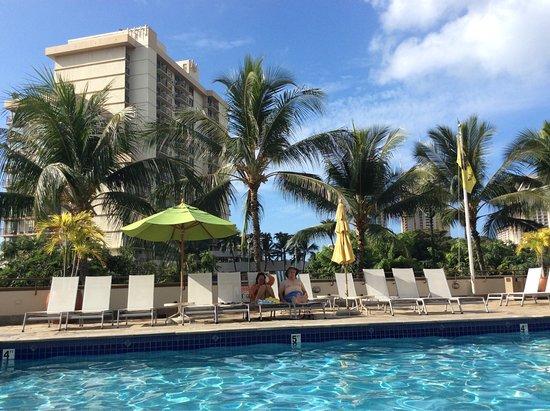Ambassador Hotel Waikiki: photo4.jpg