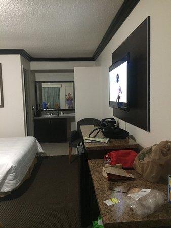 Budget Host Inn: photo0.jpg