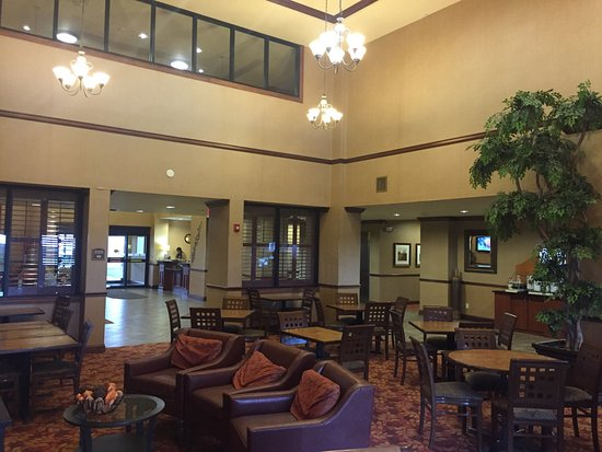 Holiday Inn Express Hotel & Suites Lake Placid: One of the best HIEs overall I have stayed in. Value, good breakfast, service!