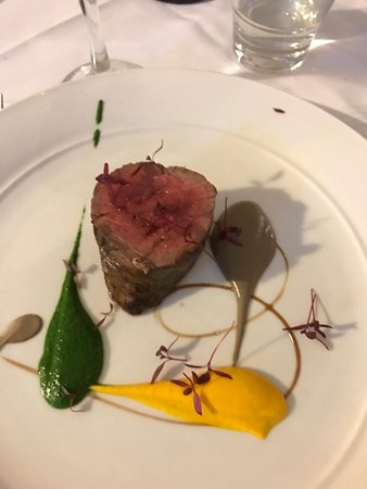 Cronulla, Australia: Beef En' Crepinette, Truffle, Spinach, Sweet Carrot, Mushroom, Red Wine Jus
