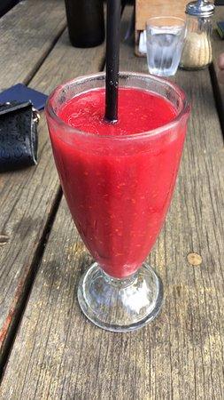 Elizabeth Town, Australien: Raspberry Fizz