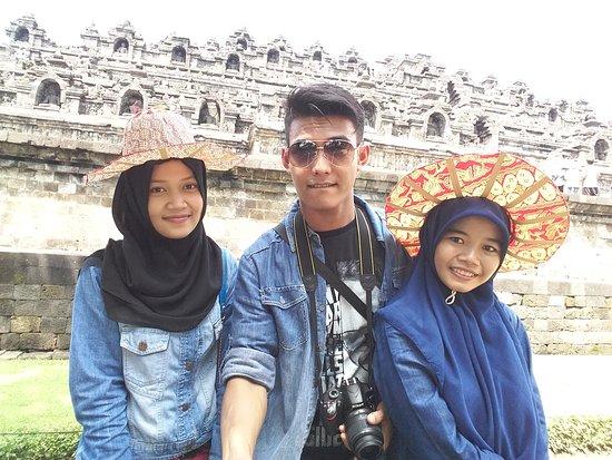 Candi Borobudur: 20160410_103224 (1)_large.jpg