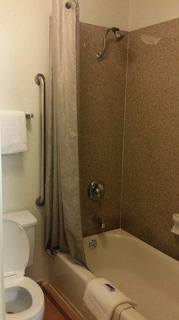 Motel 6 San Francisco Downtown: Shower was fantastic