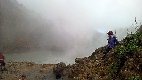 Calibishie, Dominica: Boiling Lake Hike