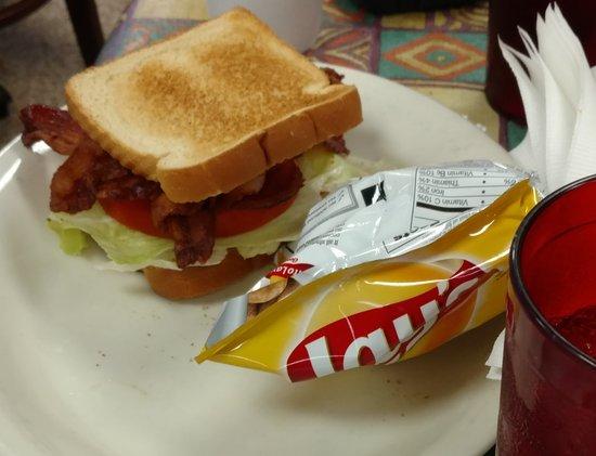 Cleveland, GA: BLT meal.