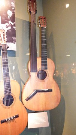 Nazareth, PA: Double necked guitar in the museum.