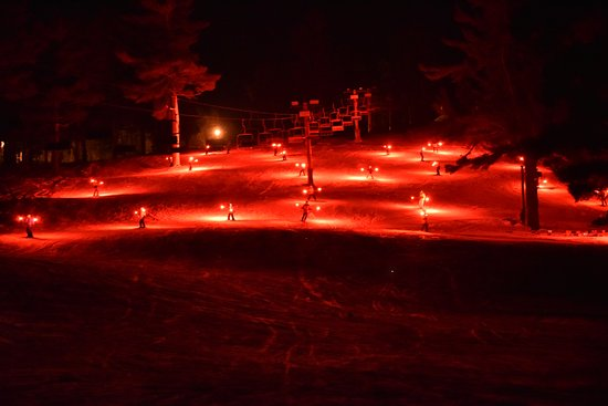 Iron Mountain, MI: Pine Mountain Resort Torchlight