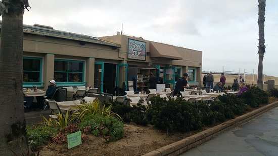 Hermosa Beach, CA: Exterior of the restaurant