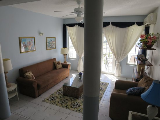 The Lighthouse Villas: Living area room 7