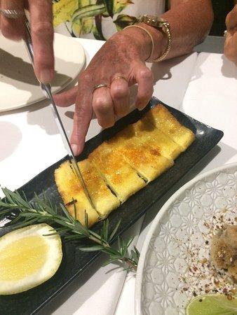 Kingscliff, Avustralya: Byron Bay haloumi bush honey and rosemary