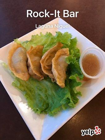 Laguna Niguel, แคลิฟอร์เนีย: Calamari and chicken wings were not good.