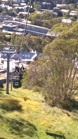 Thredbo Village, Australia: Express chairlift