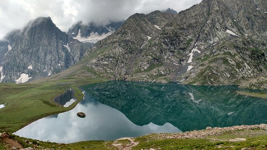 Sonamarg, India: Krishansar Lake