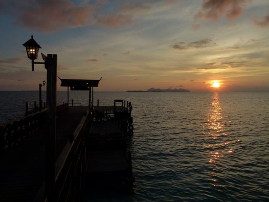 Semporna District, Malesia: Beautiful sunset in Mataking Island