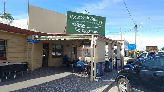 Holbrook, Australia: Near the submarine
