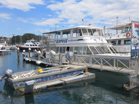 Nelson Bay, Australia: Our boat