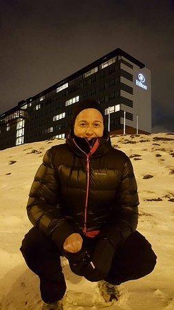 Hilton Reykjavik Nordica: Aunque no lo parezca, eran las 10 de la mañana,...