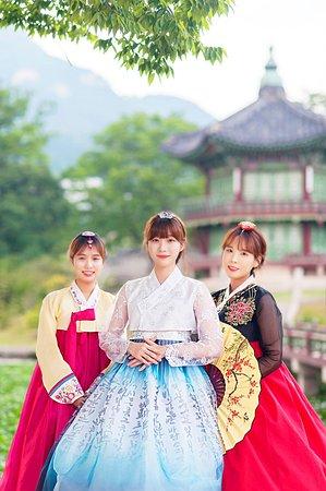 FundayKorea Hanbok Rental