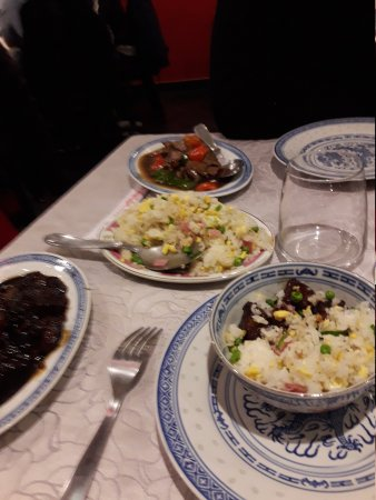 restaurant hong yun dans nimes avec cuisine chinoise. Black Bedroom Furniture Sets. Home Design Ideas