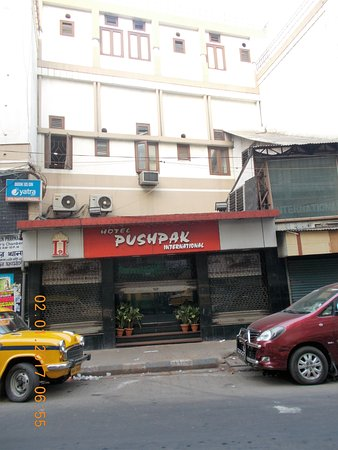 Hotel Pushpak International