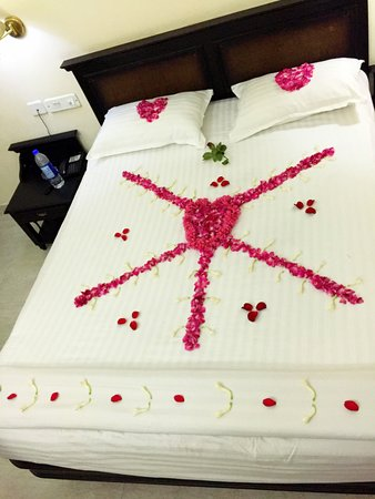 Bellmount Resorts: Bed decoration