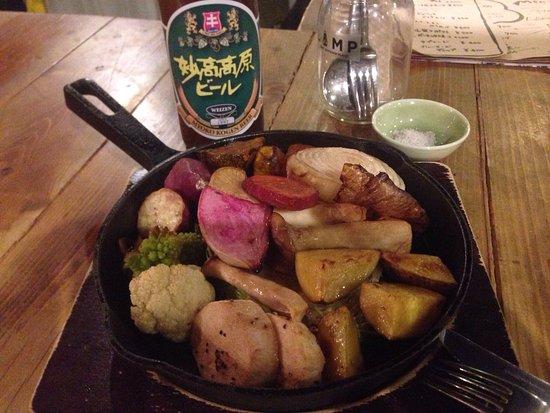 Shinano-machi, Japón: 地元野菜のグリルと妙高高原ビールがとても美味しかったです^_^