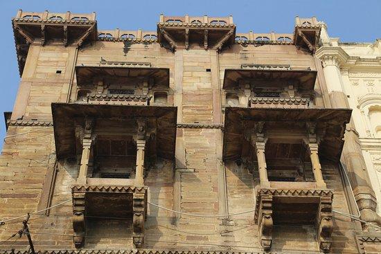 Ancient Indian Architecture - Reviews, Photos - Man Mandir