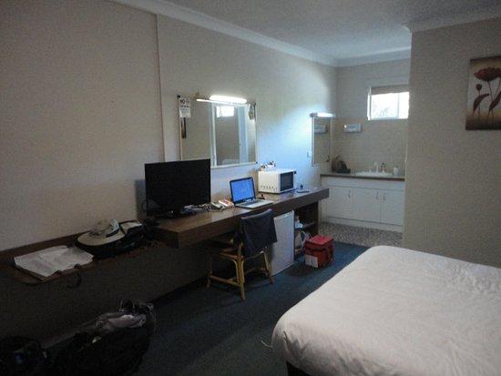 Wodonga, Australia: Huge room Queen size bed