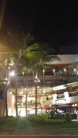 Waikiki Beach Marriott Resort & Spa: 20161123_180312_large.jpg
