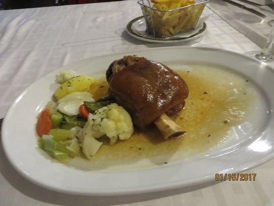 Meson Antonio: the pork knuckle
