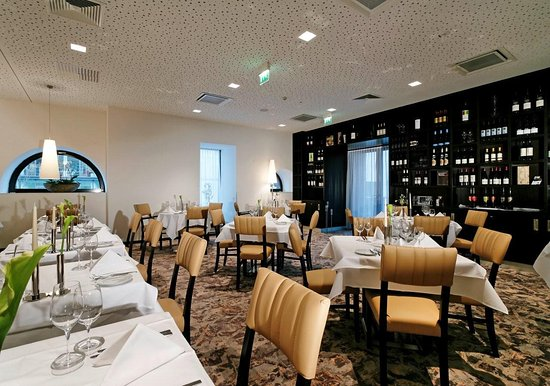restaurant weissenhof stuttgart restaurant bewertungen telefonnummer fotos tripadvisor. Black Bedroom Furniture Sets. Home Design Ideas