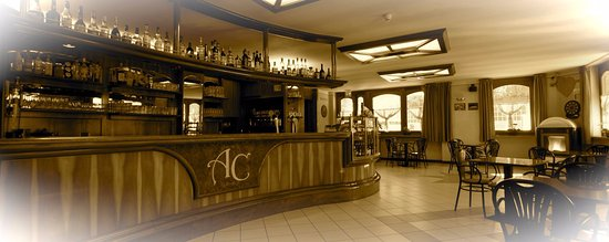 Montjovet, อิตาลี: angolo bar