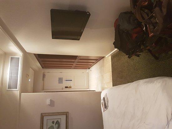 Protea Hotel by Marriott Durban Edward: 20170116_051858_large.jpg