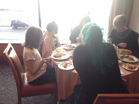 BEST WESTERN Palace Hotel & Casino: Breakfast