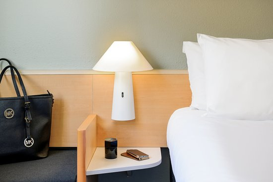 Sausheim, France : Literie Sweet bed
