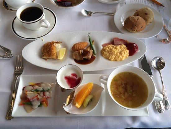 Shimonoseki Grand Hotel: Western Breakfast....really good.