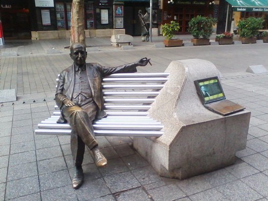 Monument to Imre Kalman