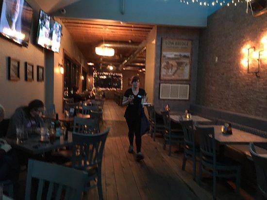 North Tonawanda, Estado de Nueva York: Dockside - dining area