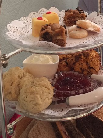 New Port Richey, FL: The White Heron Tea and Gifts