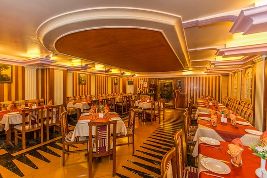 Hotel Pai Viceroy, Jayanagar: The Royal Corner Restaurant